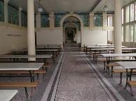 Le réfectoire... historique par ses fresques et non par sa gastronomie!